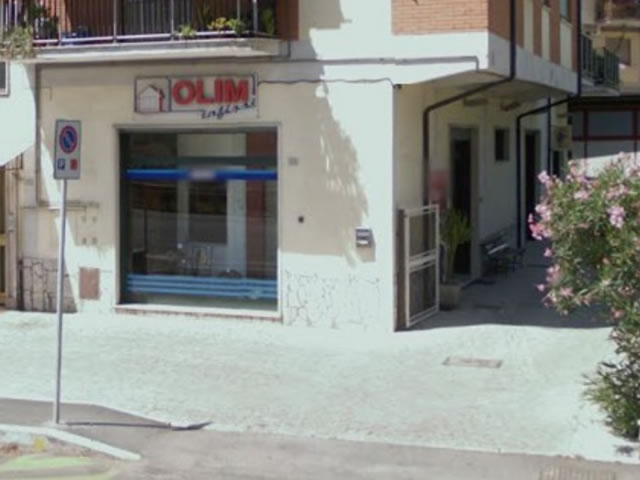 olim-infissi-showroom-via-roma-guidonia